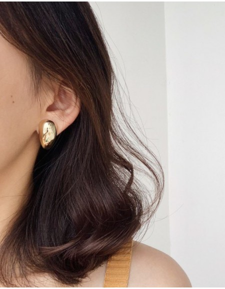 GIA Gold Earrings