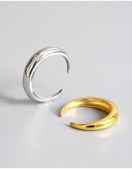 LUNA Silver Ring
